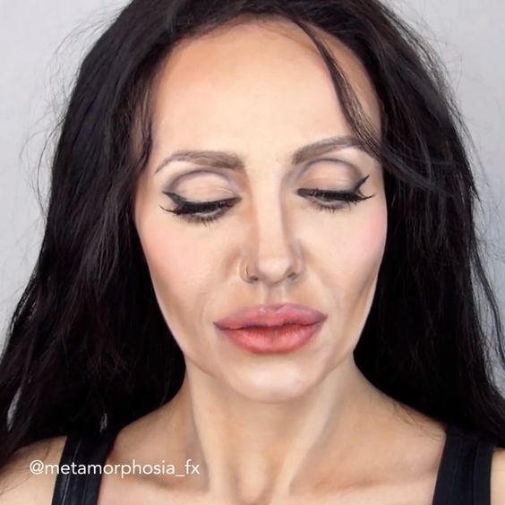 ANGELINA JOLIE MAKEUP TRANSFORMATION -  Imagine how talented you have to be, to transform yourself into Angelina Jolie  - #Angelina #AngelinaJolie #Beyonce #Jolie #Makeup #StylingTips #Transformation