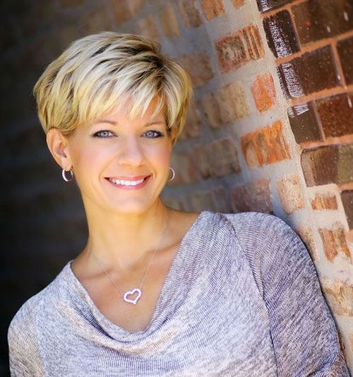 20 New Short Haircuts For Women Over 50 With Images New Short Haircuts Popular Short Haircuts Very Short Haircuts