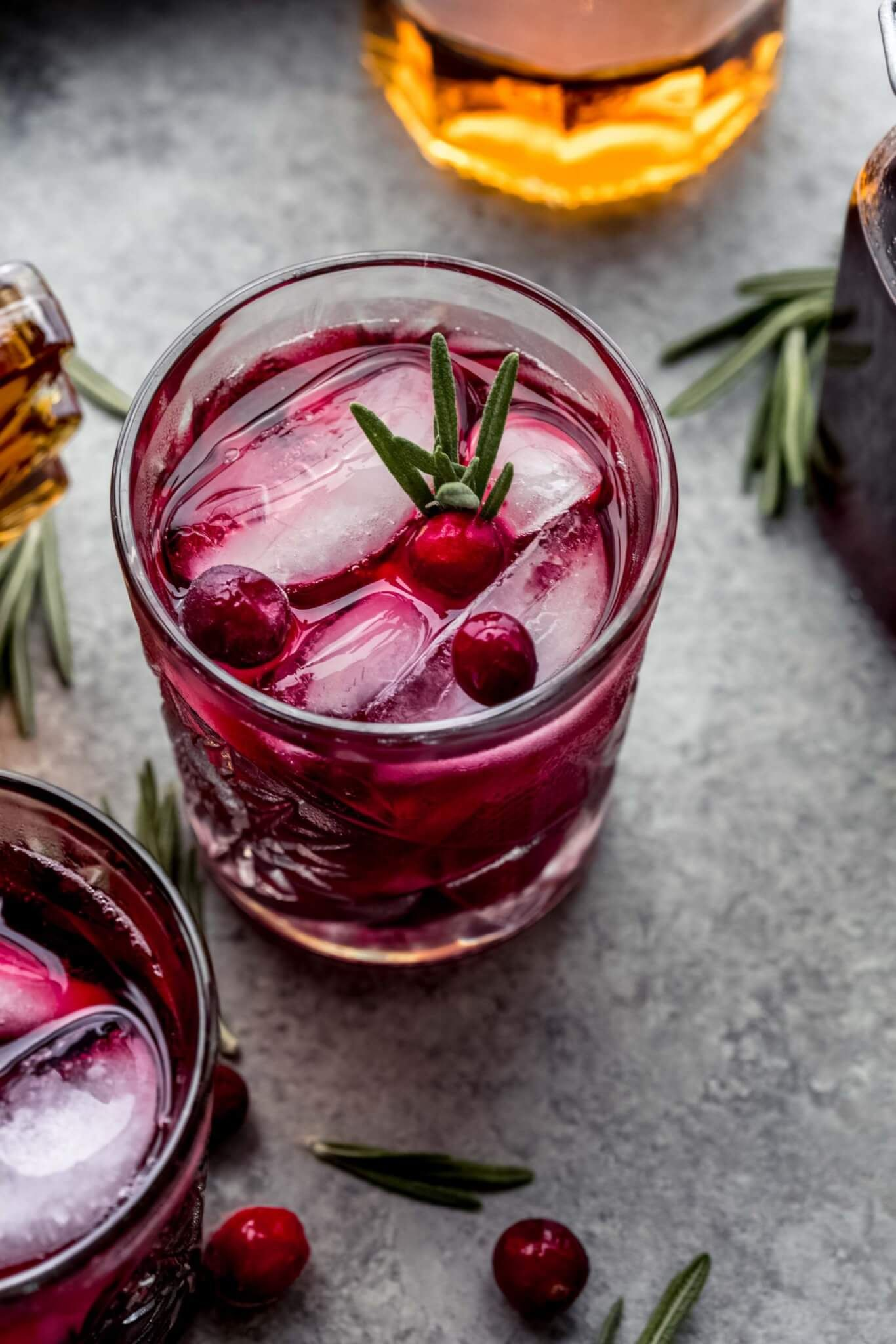 Cranberry Maple Bourbon Smash Cocktail In 2020 Fall Cocktails Recipes Cranberry Cocktail Cranberry Simple Syrup