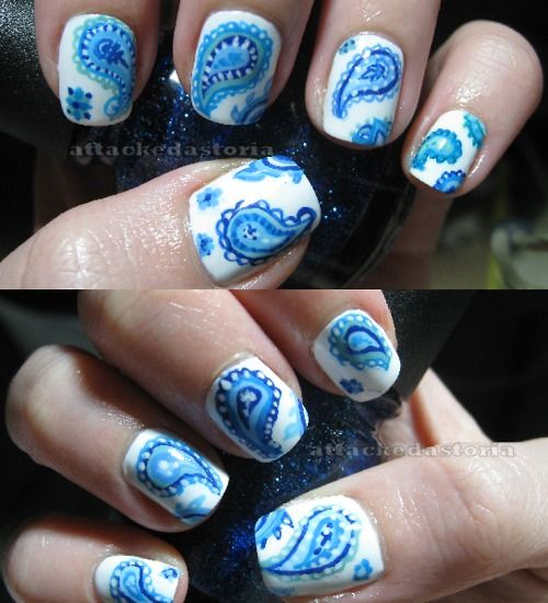 paisley nails! I thought it was a sticker/decal, but no, someone actually painted these!