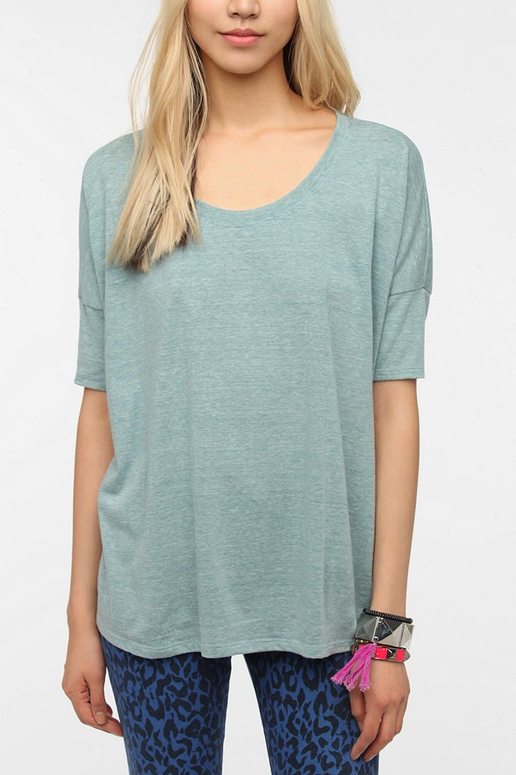 Daydreamer LA Fitted Sleeve Boxy Tee  #UrbanOutfitters