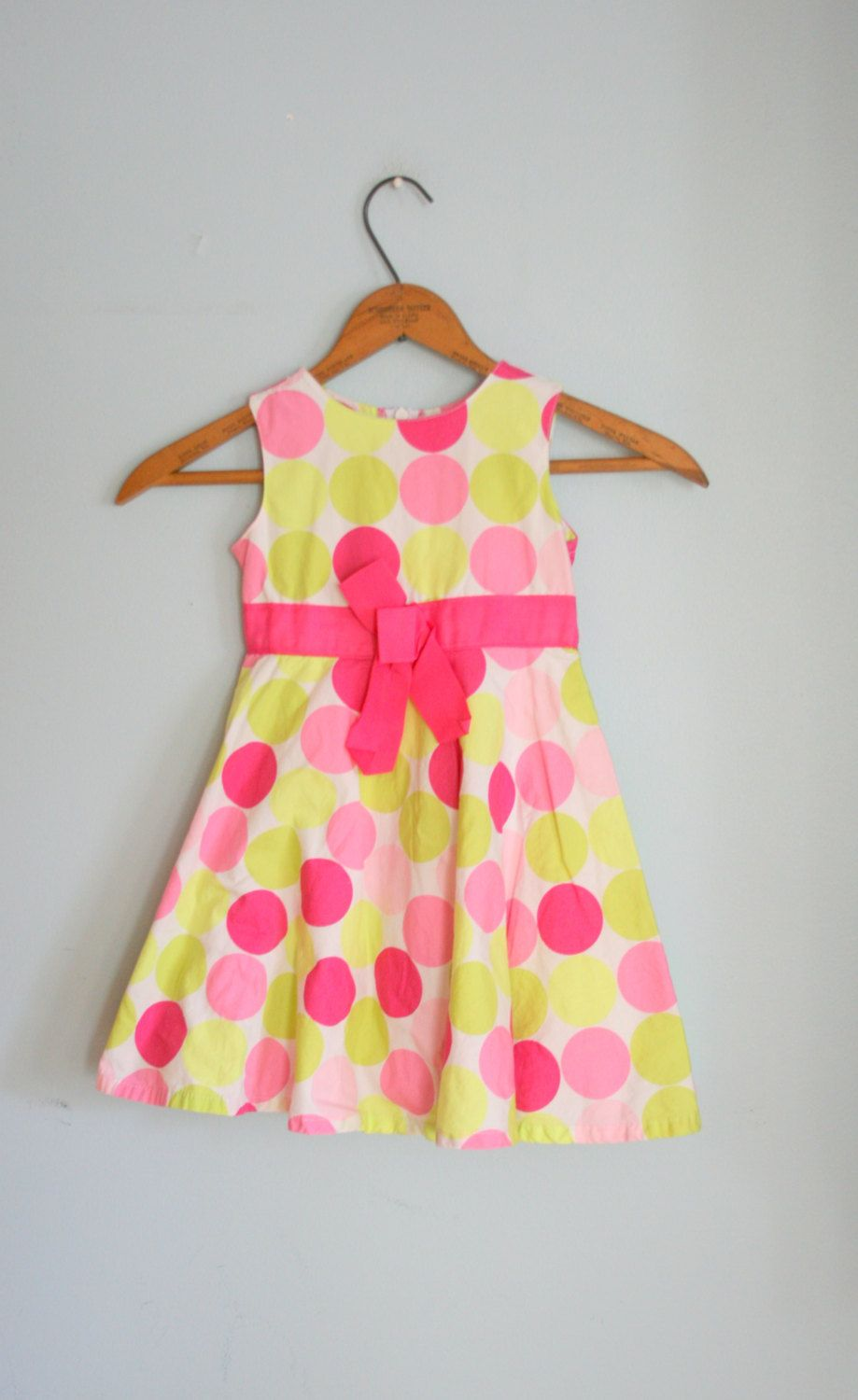 55c37b55a Vintage POLKA DOTS Girls Dress....size 2 girls....kids. children ...