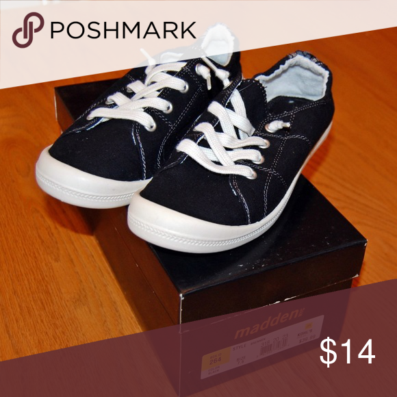 e1fa8ac68a2 Madden NYC Brennen Shoes Brand new! Cute style shoes in black white. Madden  NYC Shoes Sneakers
