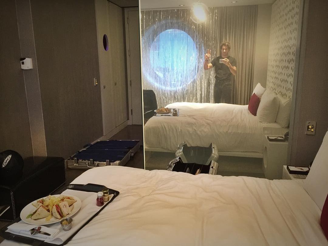 #RiccardoPozzoli Riccardo Pozzoli: Relaxing at @dreamhotels before celebrating @teofenaroli bday!!! #nyc #neverstop #freamhotels