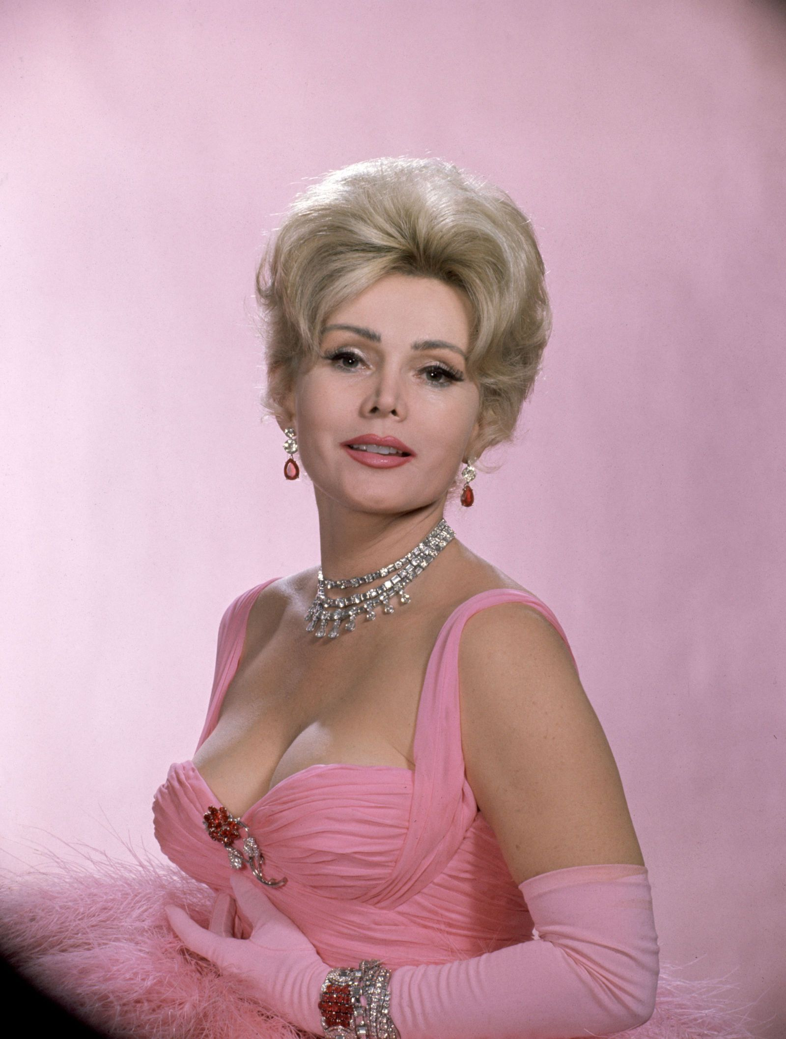 35 Epic Zsa Zsa Gabor Quotes #hollywoodlegends