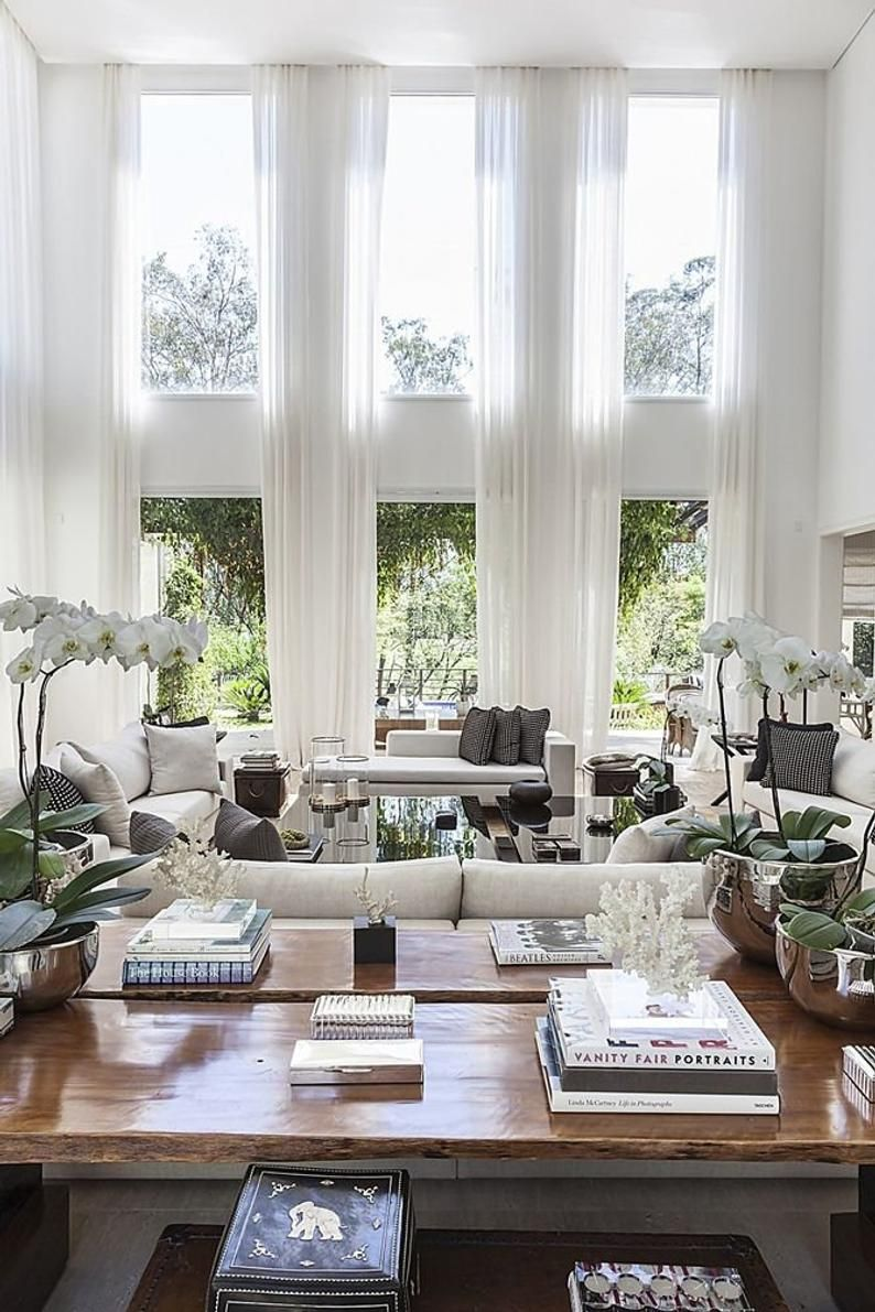 how do you choose curtains for living room
