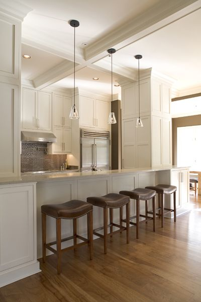 Clean And Simple Kitchen By Lisa Mallory Interior Design
