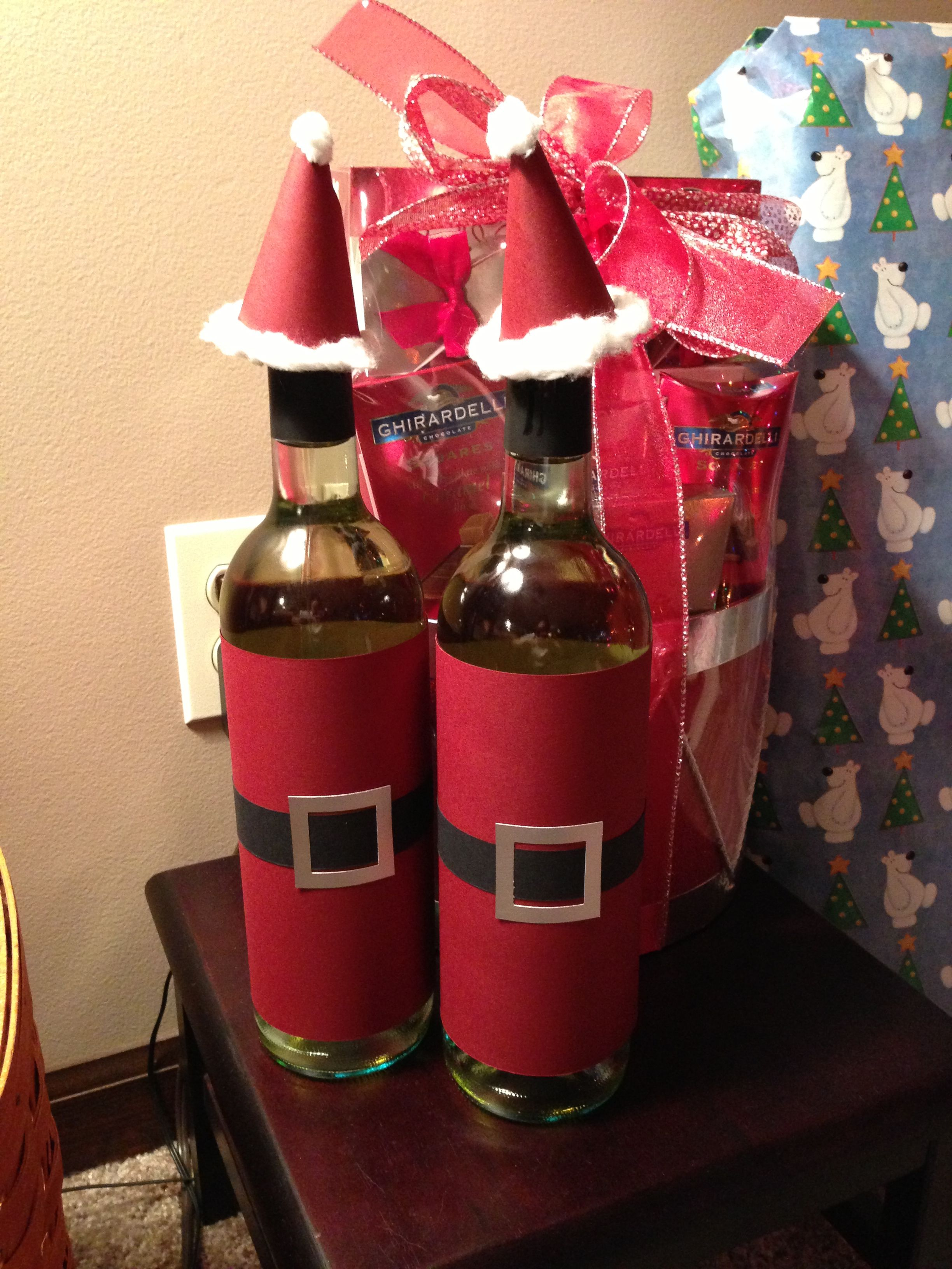 Botellas Decoradas Navideñas Cute Way To Quotwrap Quot A Bottle Of Wine As A Christmas Gift