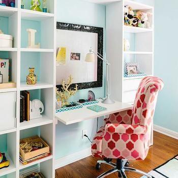 Girl\'s Built In Desk | Girl\'s room | Pinterest | Room girls, Girls ...