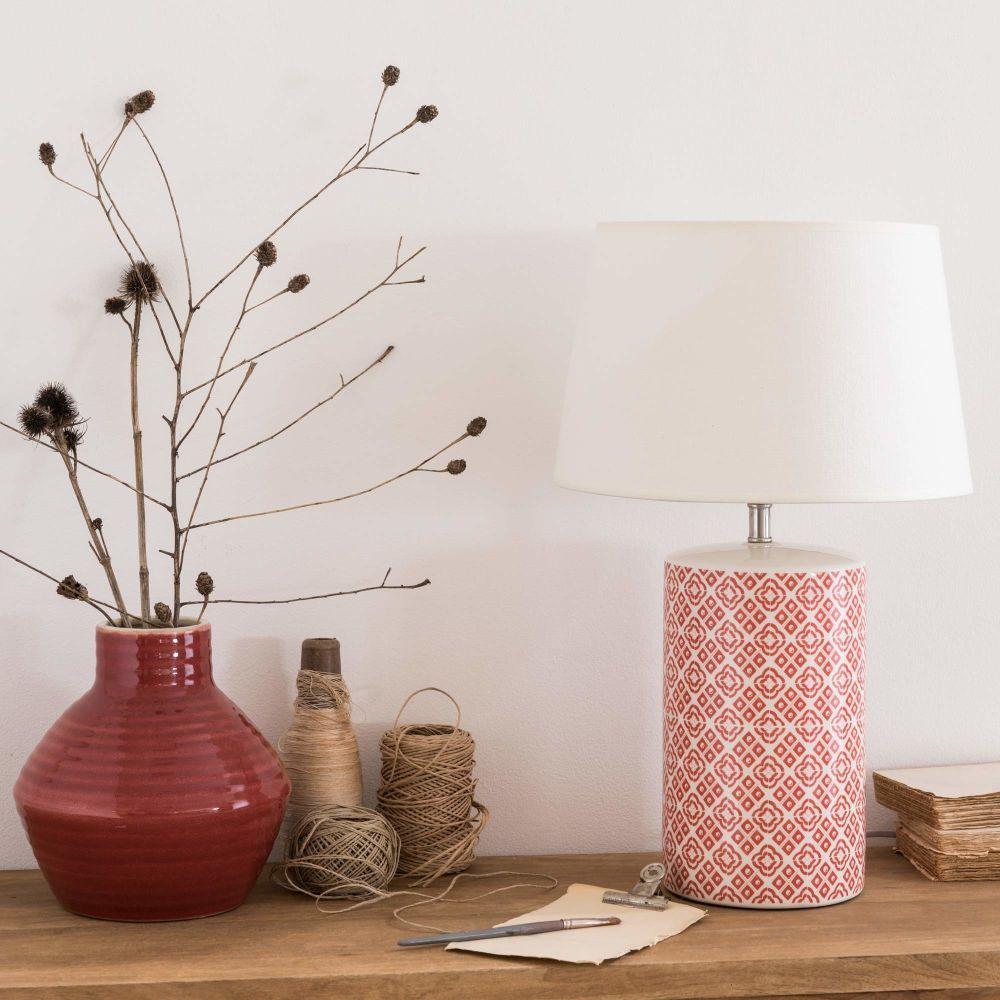 Lampe En Ceramique Motifs Rouges Et Abat Jour Ecru Maisons Du