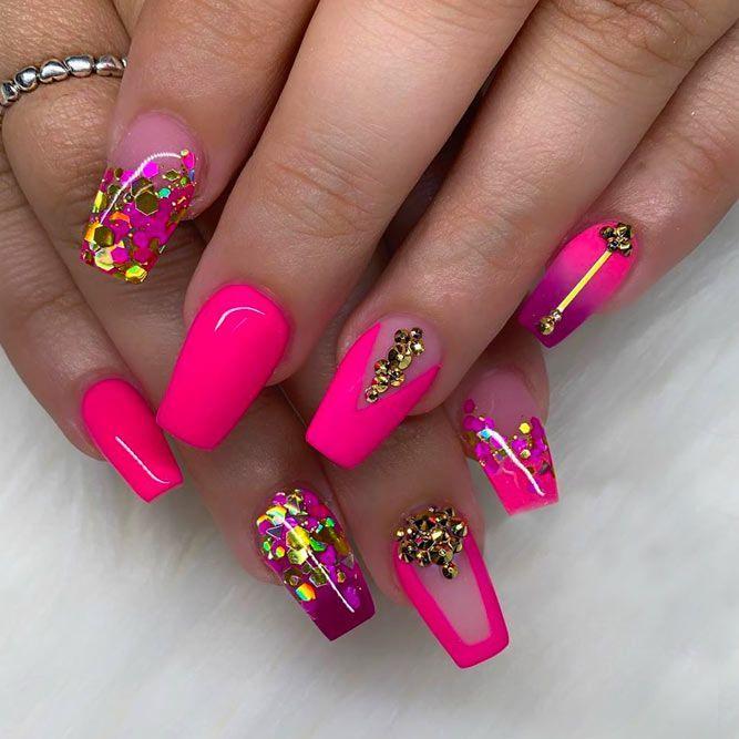 35 Outstanding Short Coffin Nails Design Ideas For All Tastes Short Coffin Nails Designs Pink Acrylic Nails Acrylic Nails Coffin Pink
