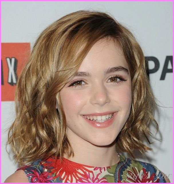 Awesome Cute Haircuts For Medium Hair Teenage Girls With Side Bangs