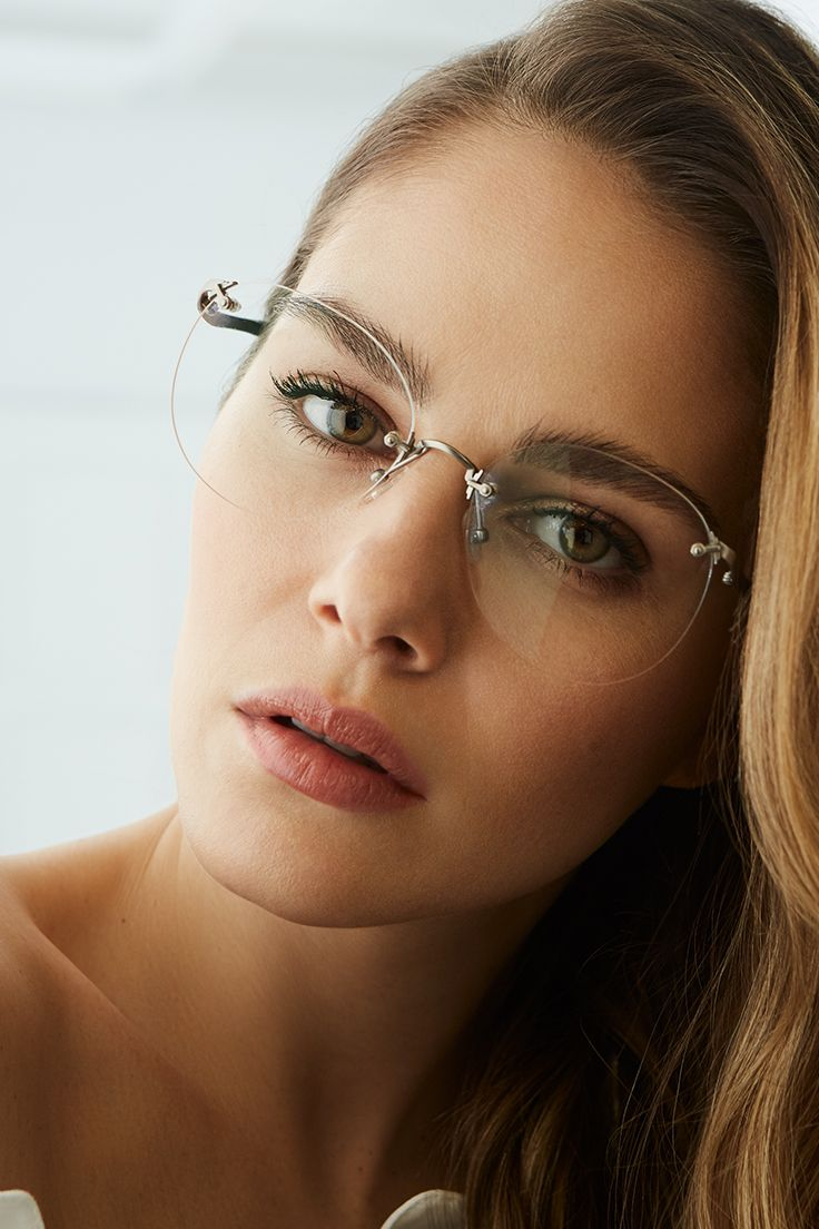 Photo of ANNA glasses in Naked, a collaboration BonLook X Maripier Mo…