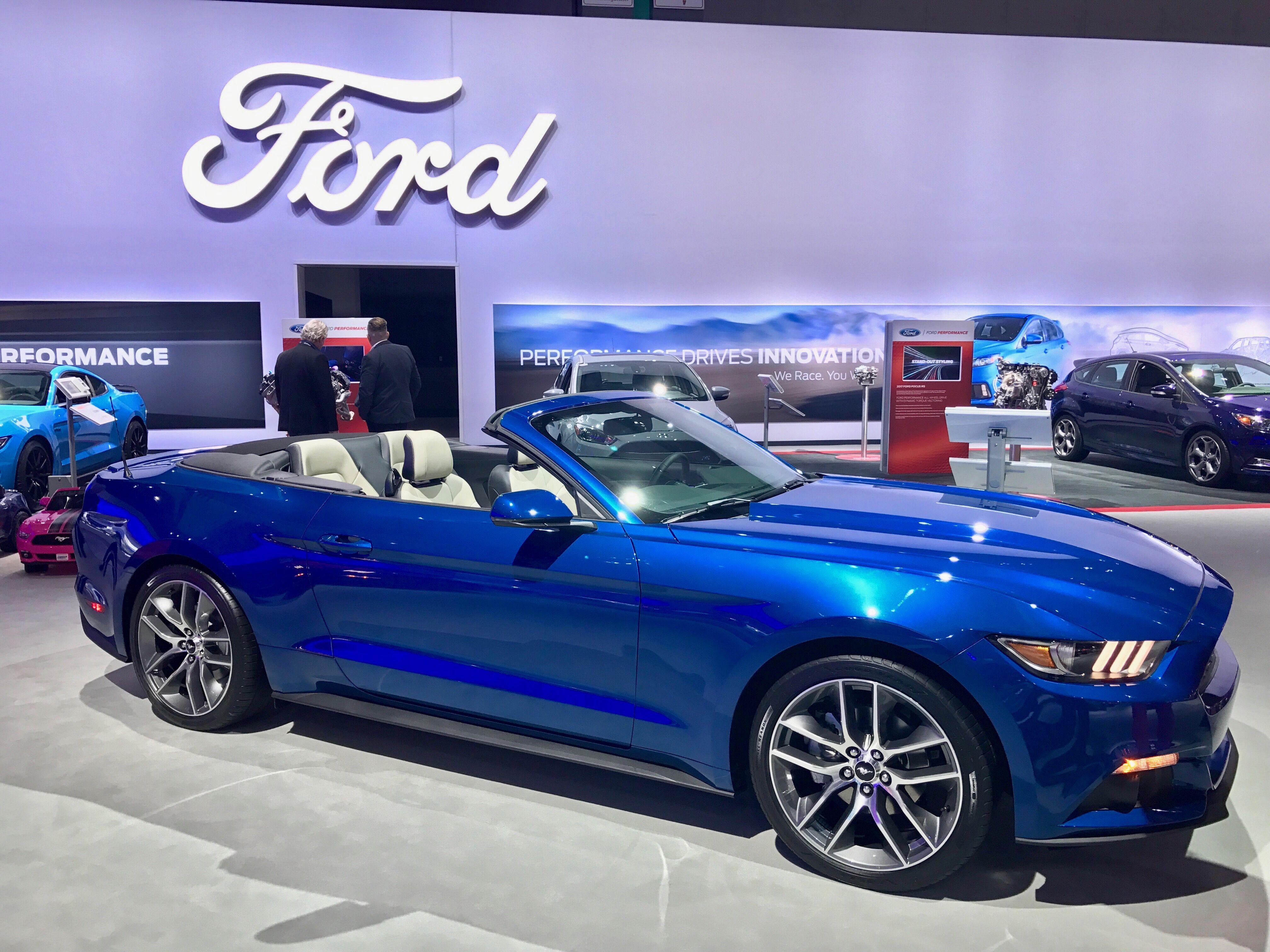 2017 2 3l ecoboost ford mustang in lightning blue i