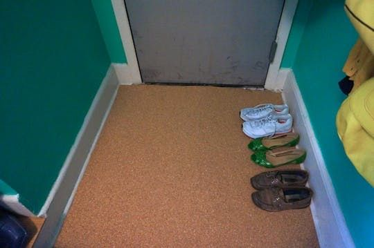 Renters Solutions Temporary Cork Floors On A Tiny Budget Cork Flooring Installing Hardwood Floors Transition Flooring
