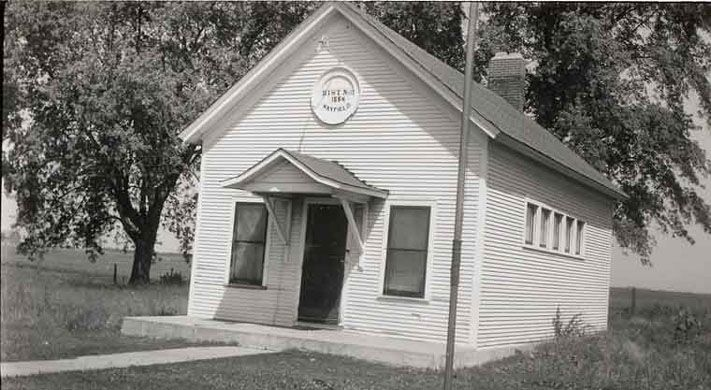 Clare School In Or Near Clare Il Taken Aug 1949 By Floyd Ritzman Repository Joiner History Room In Sycamore Il Historical Place Places Region