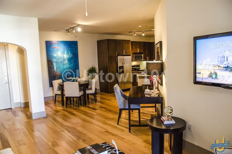Monterey by Windsor | Windsor F.C., Dallas and Apartments