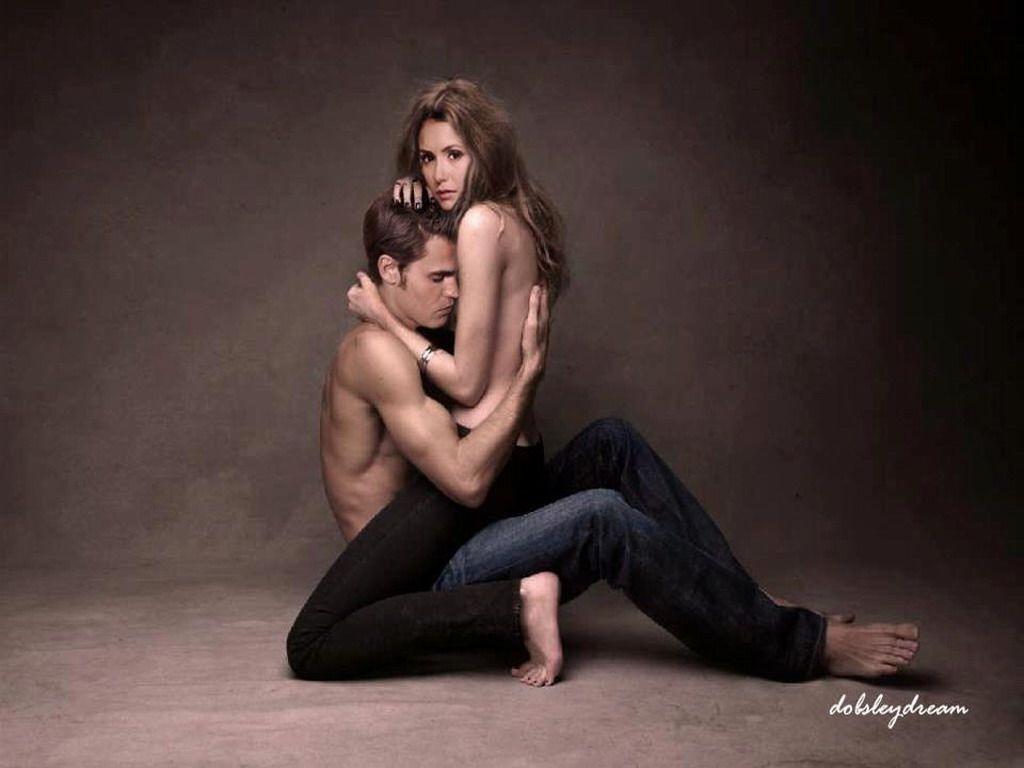 vampire diaries season 1 elena and stefan relationship