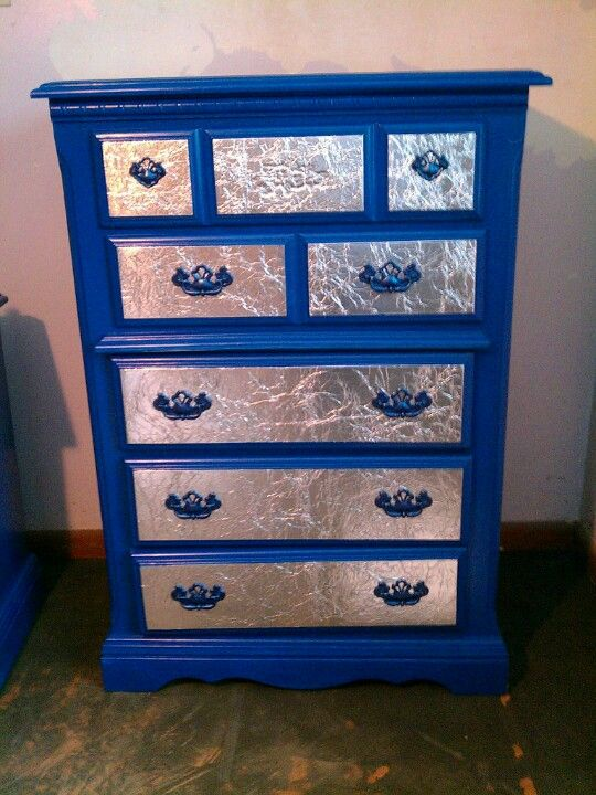 Diy Dresser Makeover Behr Blueberry Twist Paint Metallic Blue Spray Paint Handles And