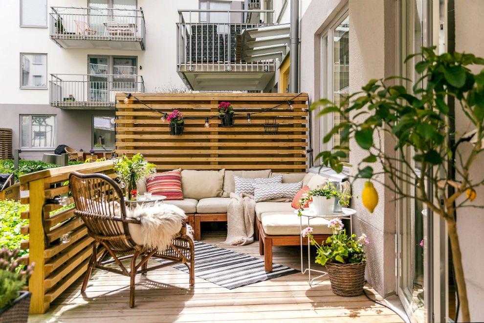 22 Charming Scandinavian Small Balcony