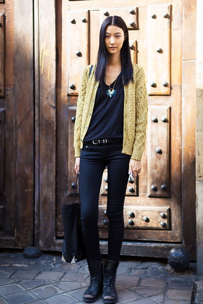 11 Awesome Outfits To Wear With Lace Up Boots Combat Boot Outfits Black Combat Boots Outfit Combat Boots Outfit Winter