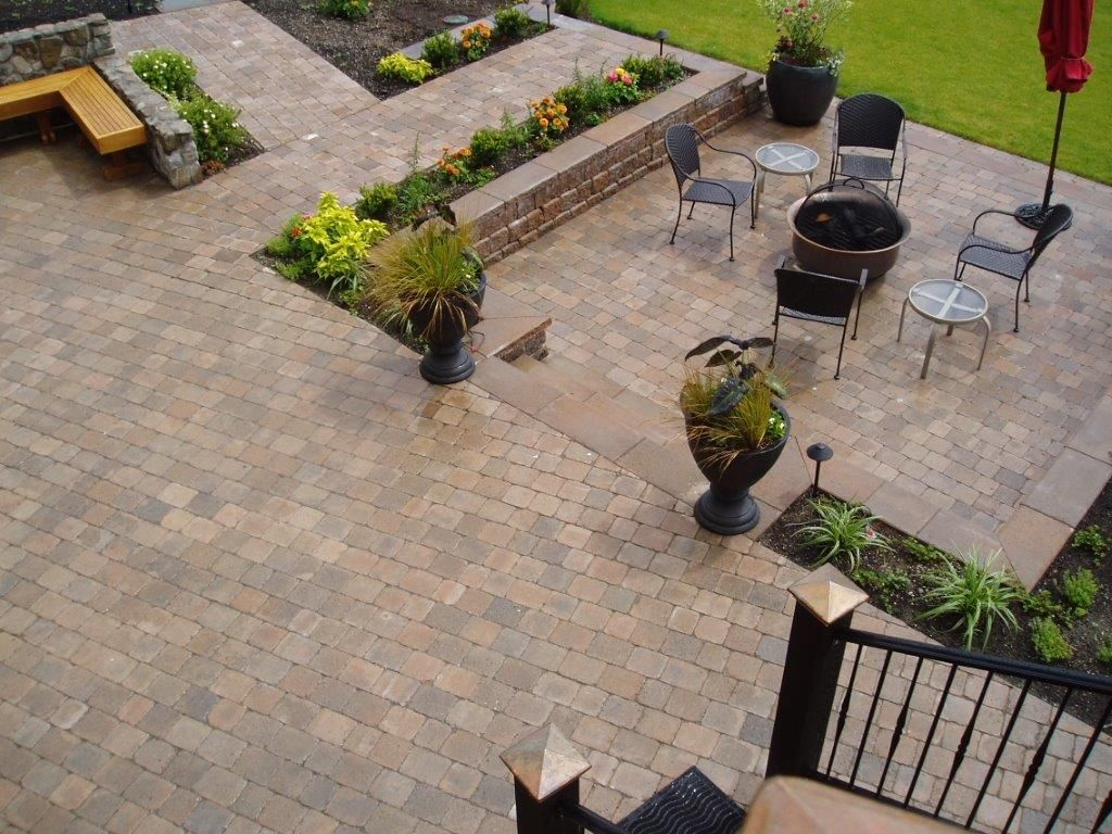 Great Roman Cobblestone Patio   Harvest Blend (project By Creative Bros)