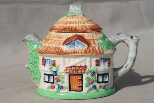 House Teapot Japan,Japan Cottage Ware House Teapot,Kitsch Cottage Teapot,Rustic Thatched Cottage Tea Pot,Made in Japan Teapot,House Teapot