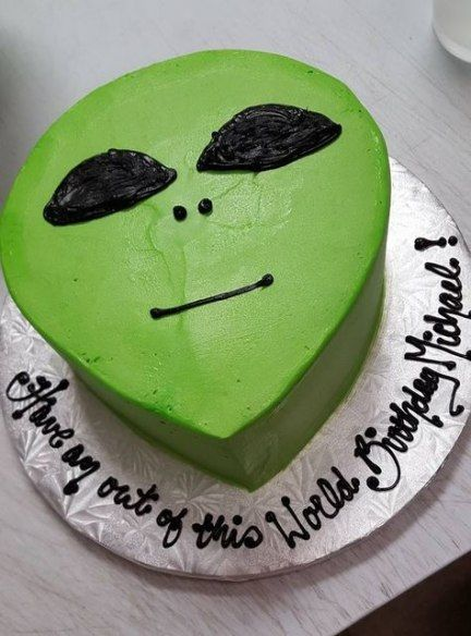 Idea De Yeff Tejeda En Extraterrestres Tortas Pastel De