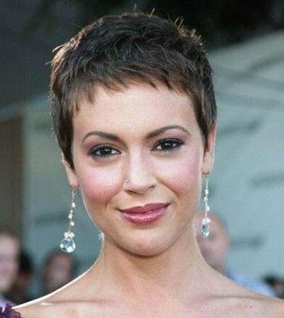 Alyssa Milano beauty look | WWW | Pinterest | Short hair ...