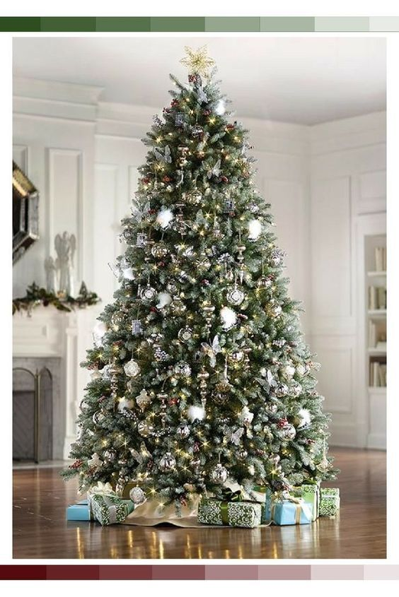 Top 30 Christmas Tree Decoration Ideas #kerstboomversieringen2019