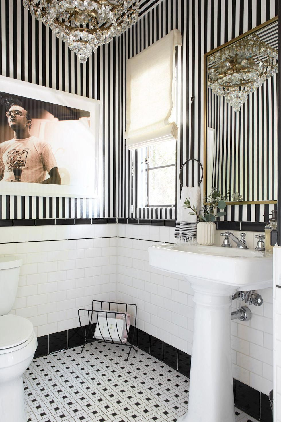 Download the Cool of Black Wallpaper Bathroom for iPhone 11 Pro This Month from masterbathroomideas.implantbirthcontrol.com