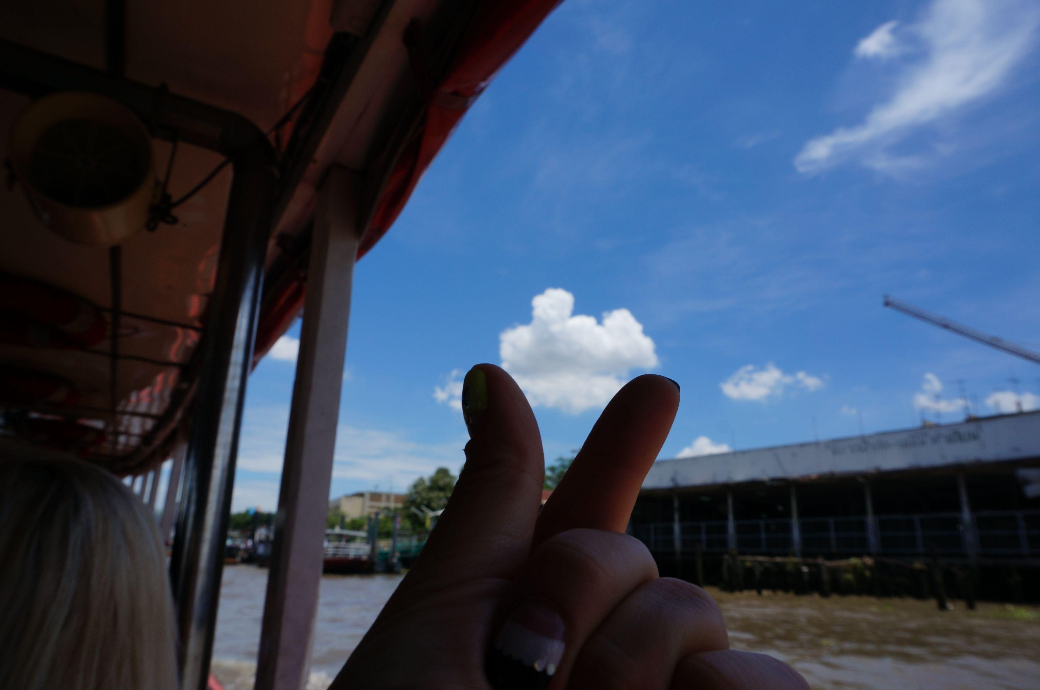 แม่น้ำเจ้าพระยา Chao Phraya R. 짜오프라야강  구름 , Cloud