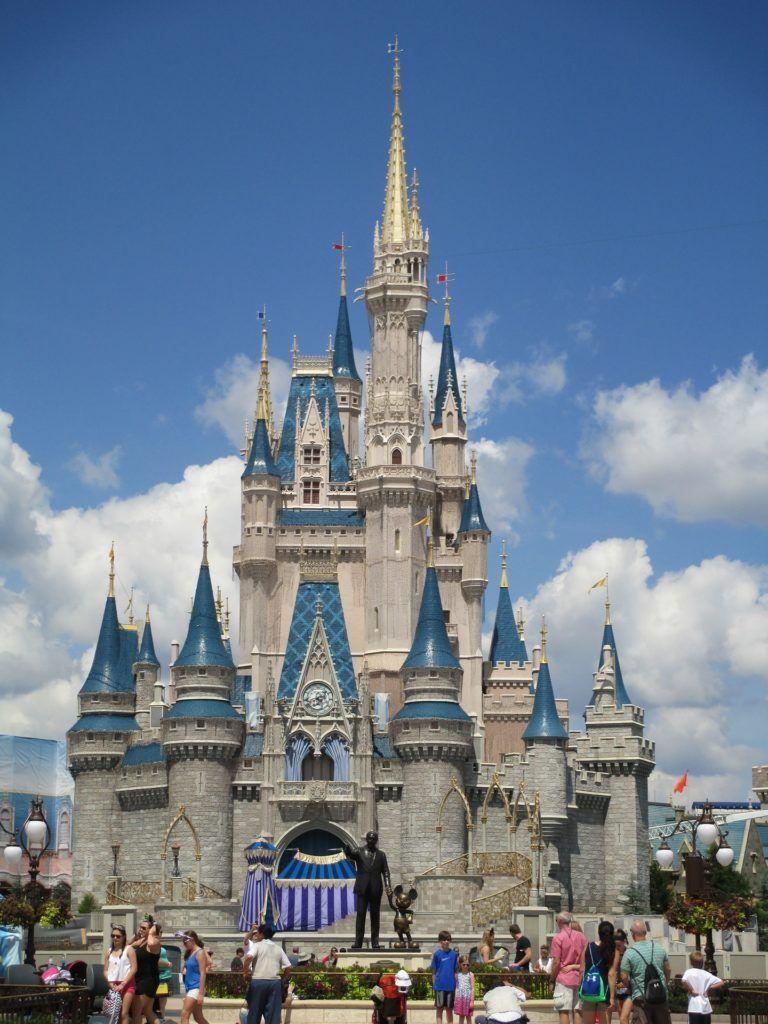 Walt Disney World Cinderella Castle Home Shirt Fitted Medium