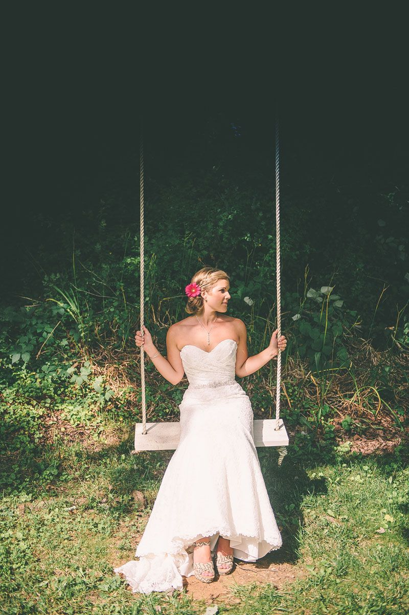 © Paula Bartosiewicz Photography   www.paulabartosiewicz.com  Shade Trees and Evergreens Wedding Photographer