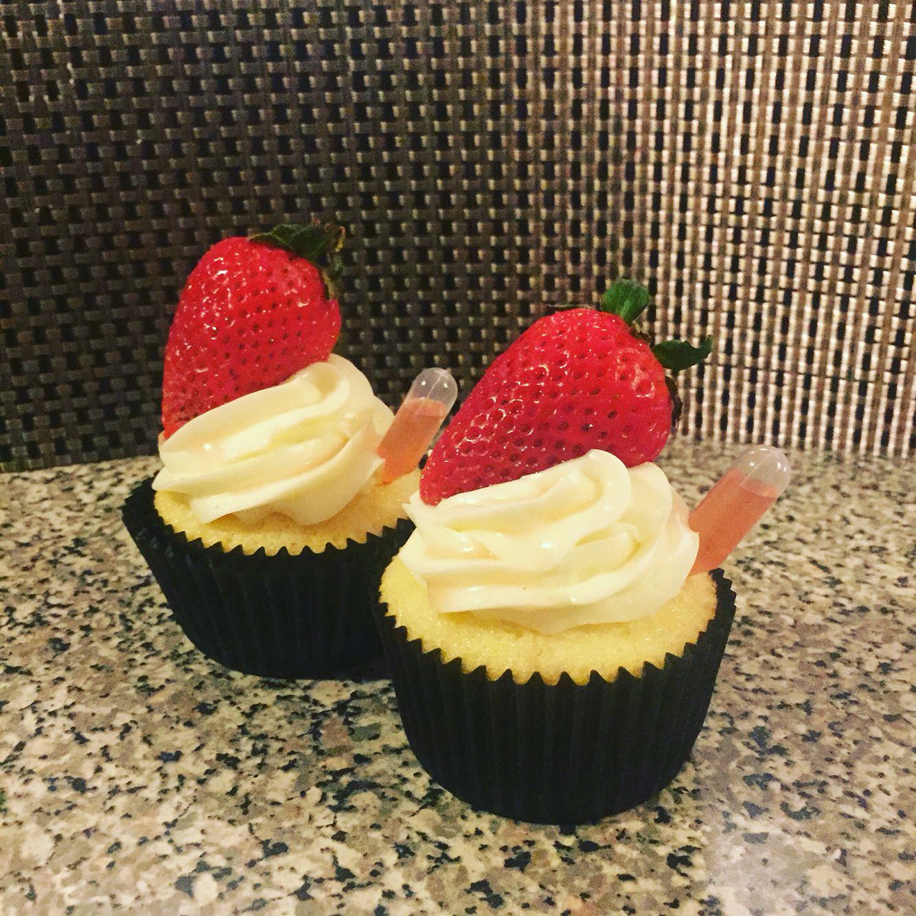 Drunken Strawberry Shortcake Cupcakes Drunken Desserts Strawberry Shortcake Cupcake Dessert Recipes