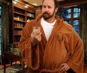 Dry off in style with the Star Wars Jedi Bathrobe Adult – one-size-fits-all Available in two styles. Jedi (brown) and Sith (black – pics com...