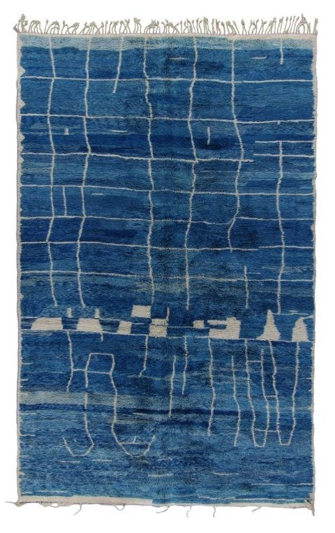 20 Navy Rugs That Emphasize Classic Interior Design Rugs Blue Rug Traditional Interior Design