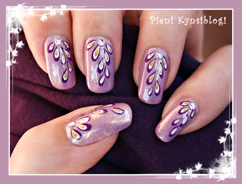Pieni Kynsiblogi - A Tiny Nail Blog: Pisaroita - Droplets