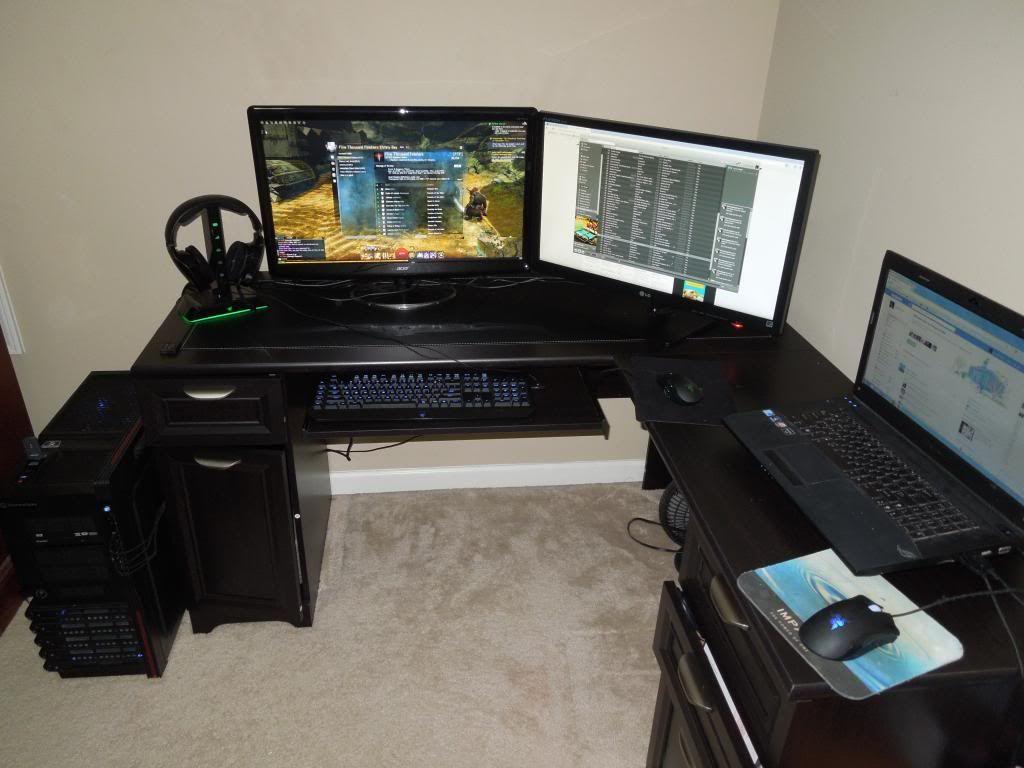 L shaped gaming desk gaming desk pinterest gaming for Bedroom l shaped desks