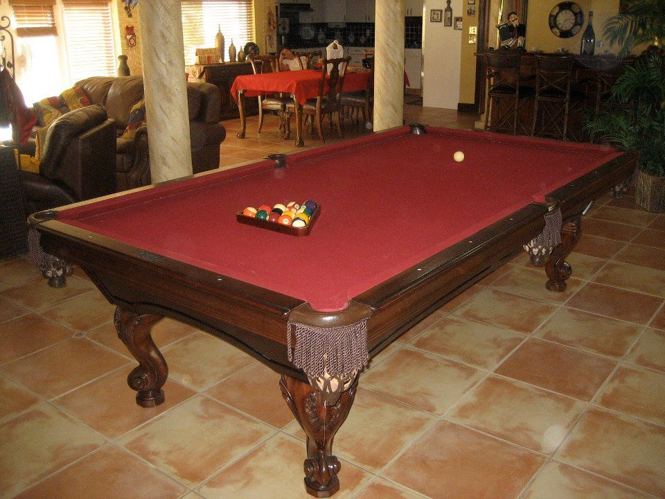 Golden West Delta Queen Pool Table With Rams Horn Legs The