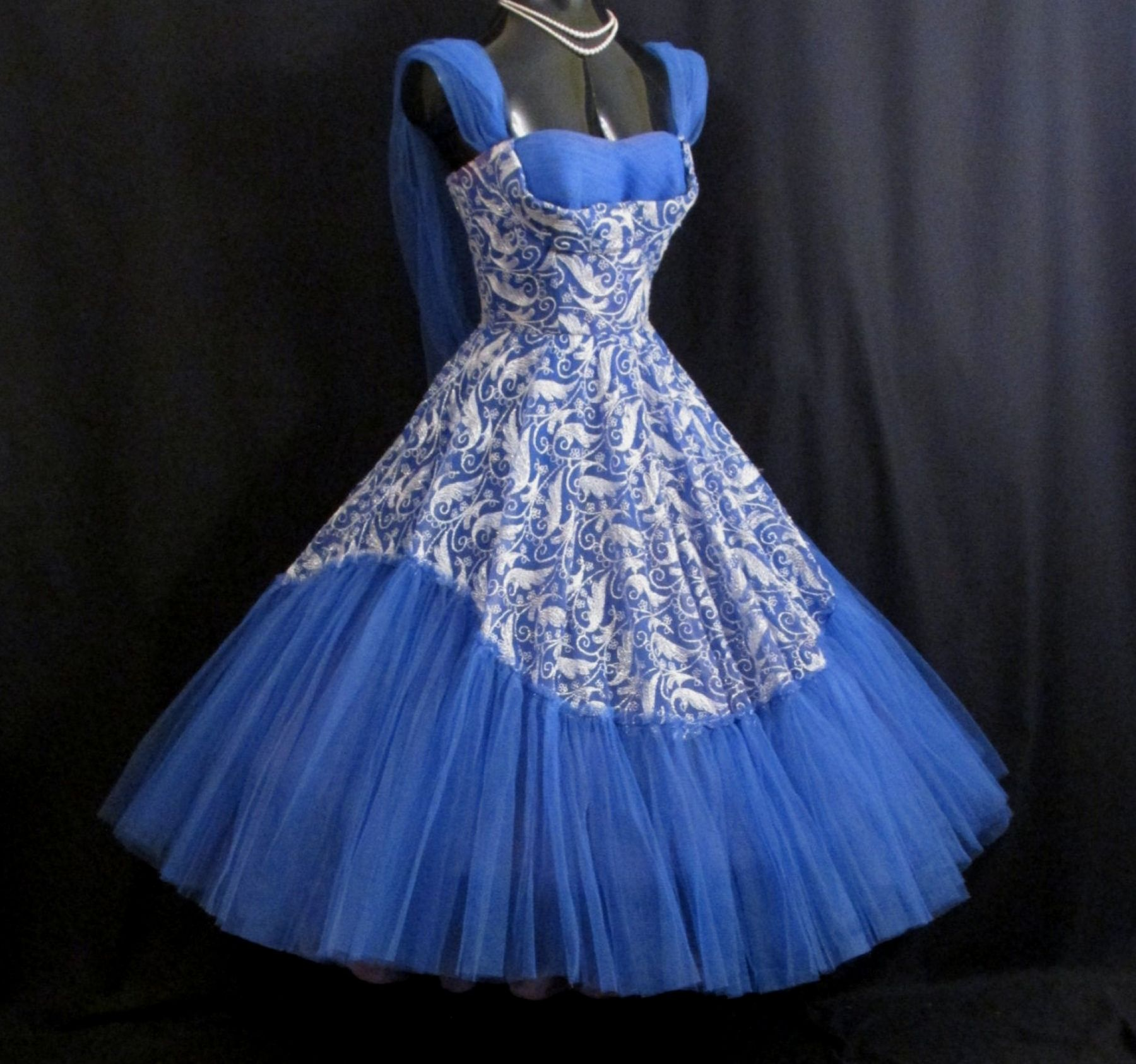 Vintage 1950's 50s STRAPLESS Bombshell Embroidered Blue