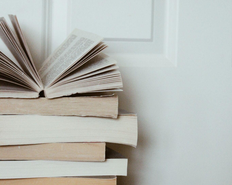 ˏˋ Genesisgraceeˎˊ Bookstagram Inspiration Book Photography Book Aesthetic