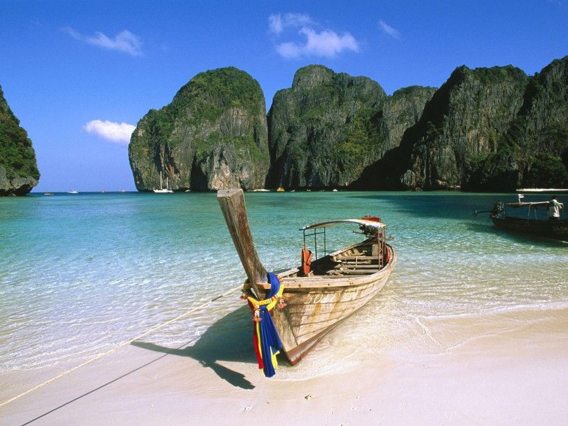 May Bay-Phi Phi Island-Thailand http://www.thebookoftravel.com/dont-just-dream-about-it-go-for-it-your-dream-holiday-in-thailand-awaits/
