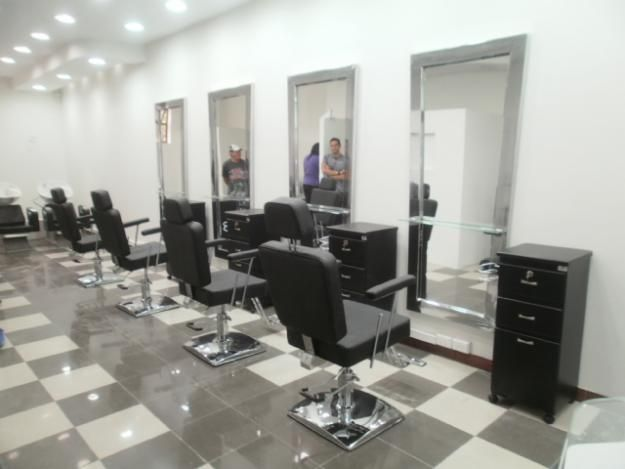 Muebles y equipos para salones de belleza y peluquer as - Como amueblar una peluqueria ...