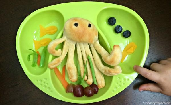 Octo-Lunch! How cute!  || Snack, Nap, Repeat Blog || SnackNapRepeat.com