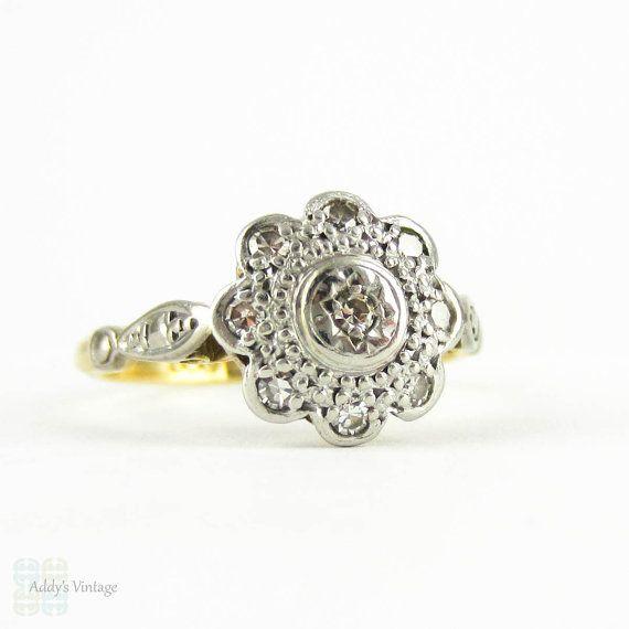 Vintage Diamond Flower Shape Engagement Ring, 1960s Diamond Cluster Ring in 18ct Gold & Platinum.