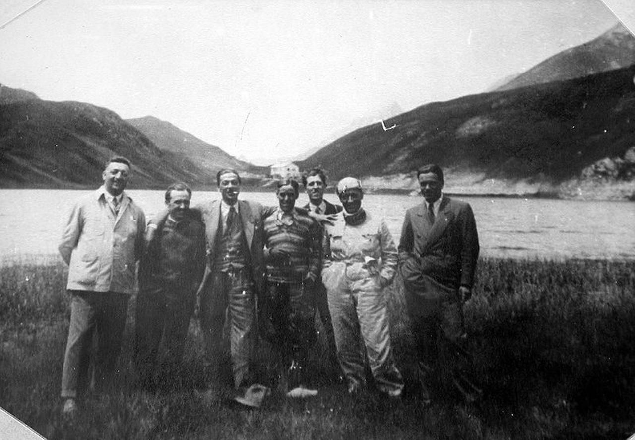 Early photo from 1930 or 1931. Enzo Ferrari is the first from the left in this group picture.