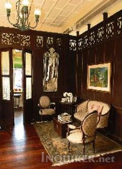 Old Filipino Mansion With Images Filipino Interior Design