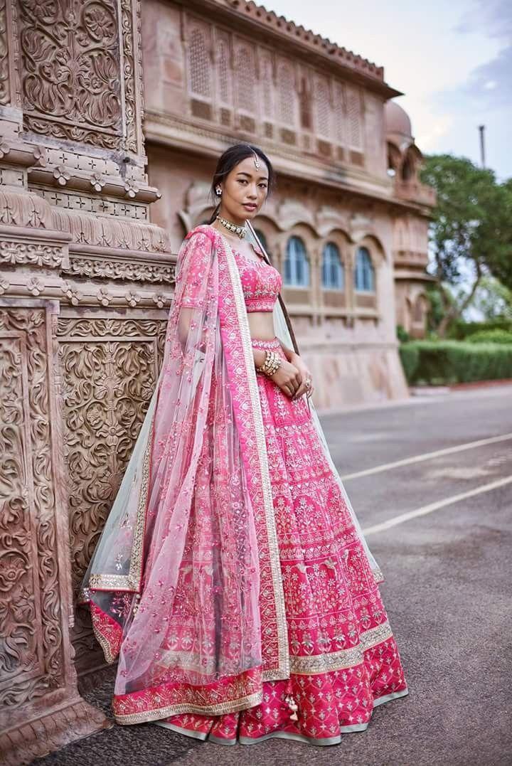 Pin de Srishti Kundra en Desi attire | Pinterest