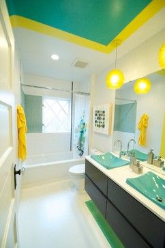 White Yellow And Turquoise Bathroom With Images Bathroom
